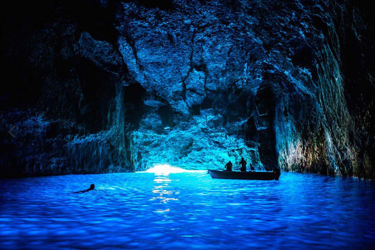blue_cave_tour_split